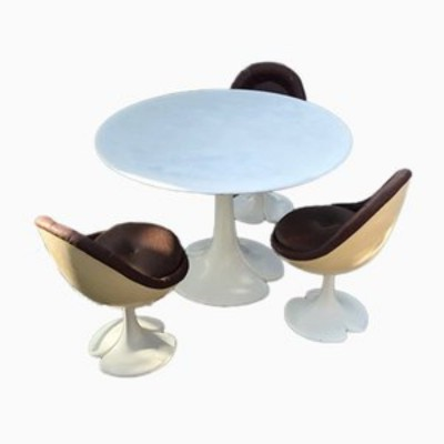 FIBERGLASS DINING SET TABLE & CHAIRS